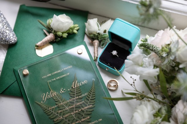 how to address a wedding invitation to a family