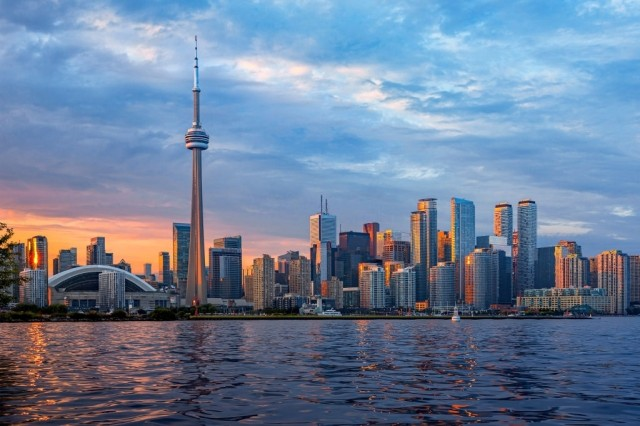 places to visit to do in toronto