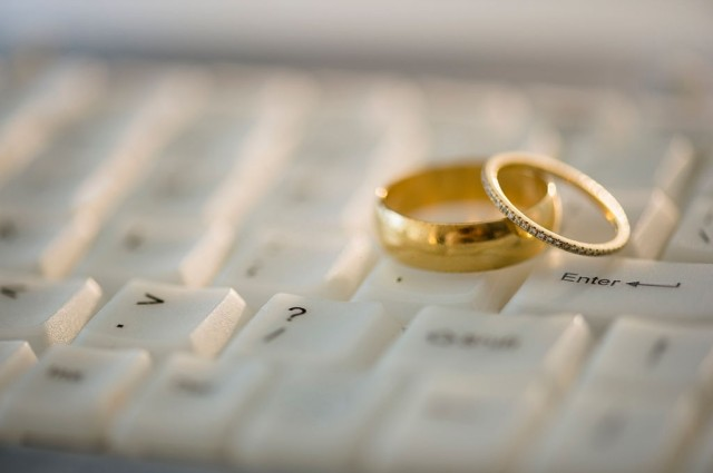 why wedding planning is so stressful
